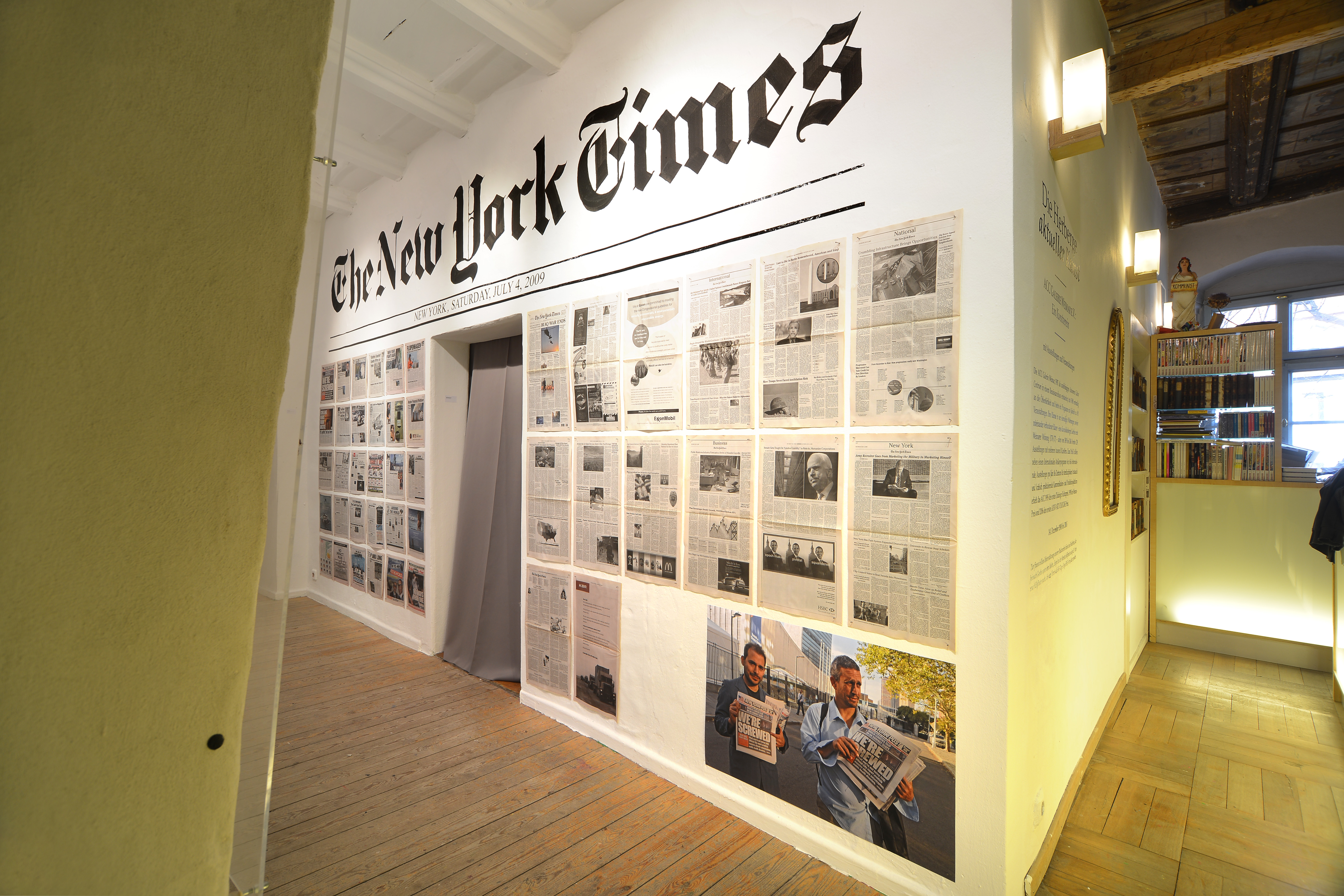 "The Yes Men ""Fake New York Times and New York Post"", 2009 / Foto: Claus Bach"
